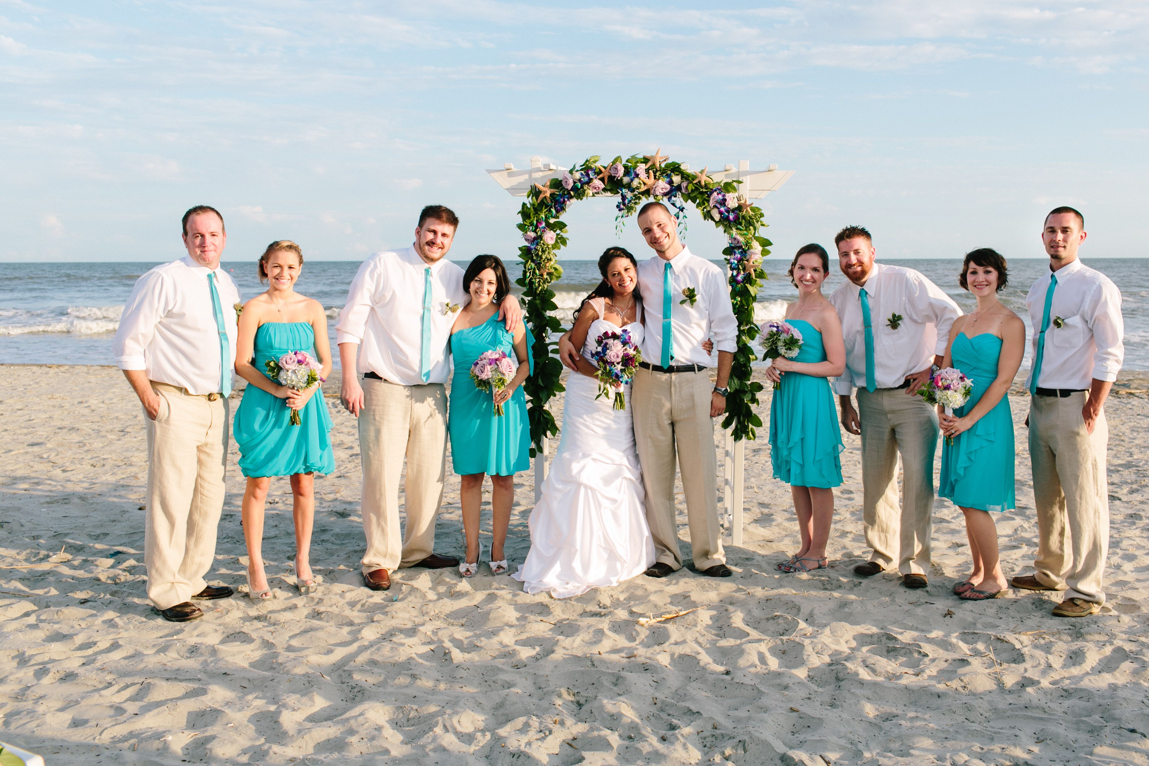 Teal beach wedding party--THESE ARE THE COLORS TEAL AND PINK FLOWERS ...