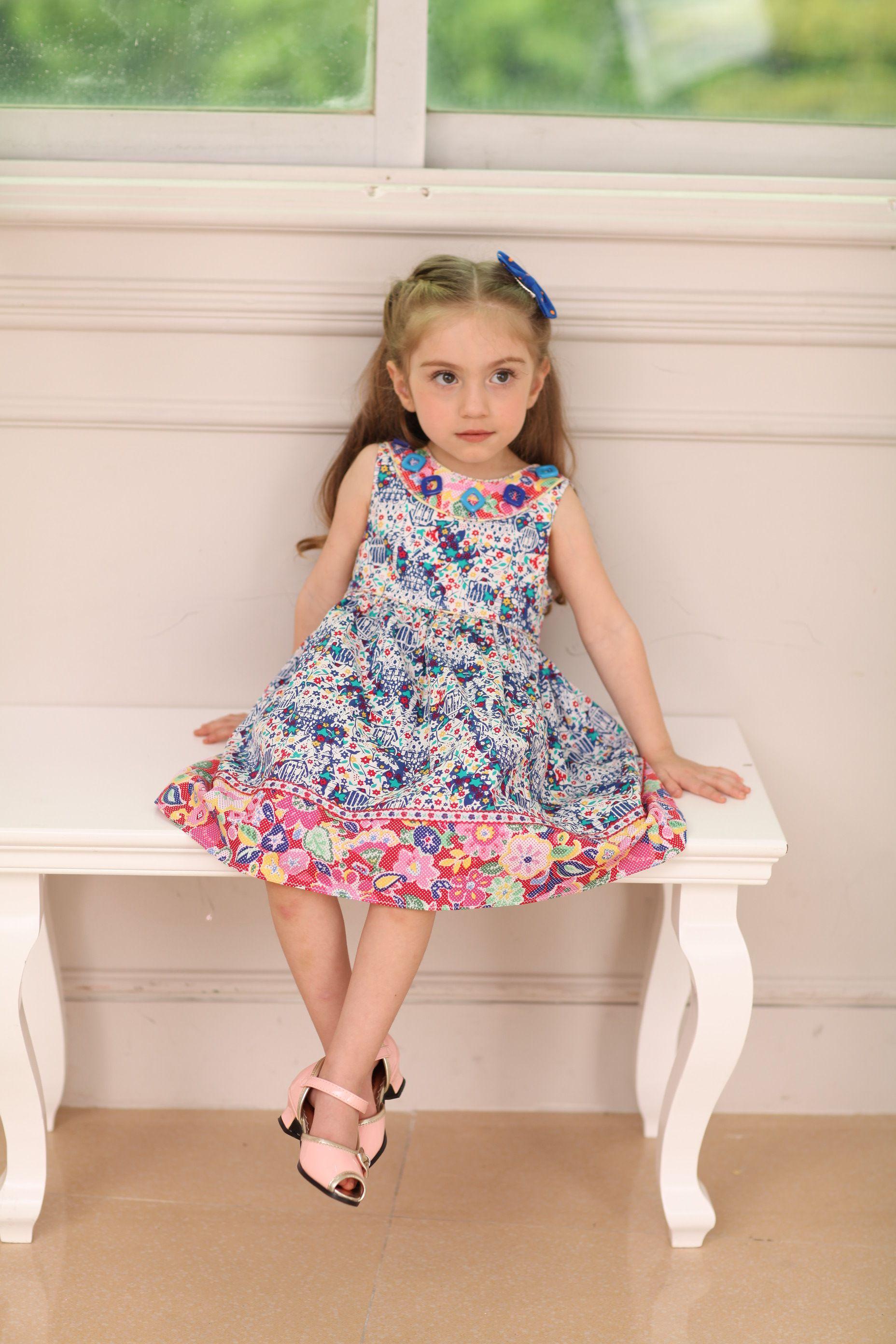 b9489f65a Vestido Para Niña De Flores En Dos Estilos Combinados | Vestidos ...