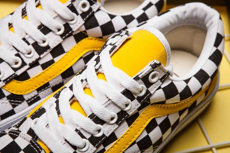 New Vans Old Skool classic black and white yellow checkerboard lattice  casual couple shoes pig eight green purple anti-counterfeit labels can scan  DT steel ... b267efe1d