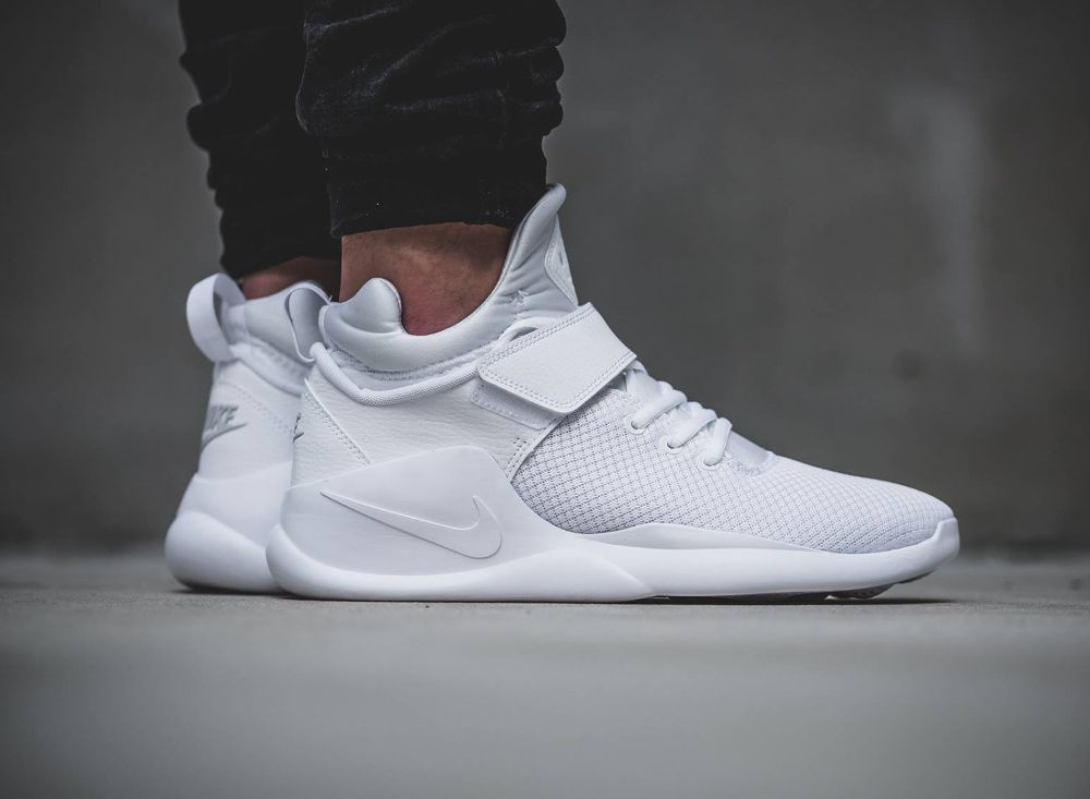 Kanye West Links to buy Cheap Adidas EQT support ultra pk (white) bb1243