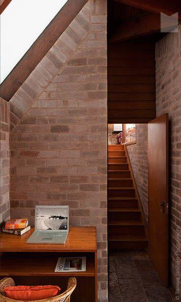 The Hawkins Residence, Cheltenham, Sydney, Australia - Philip Cox. Awarded  the Wilkinson. Room Interior DesignModern ...