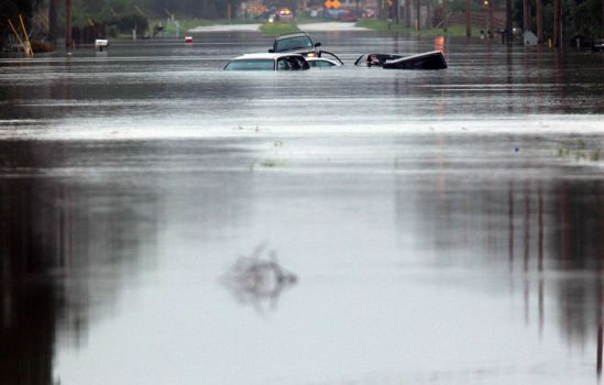 The Woodlands Texas Flooding >> Flooding In Spring Woodlands Tx Google Search Horrific