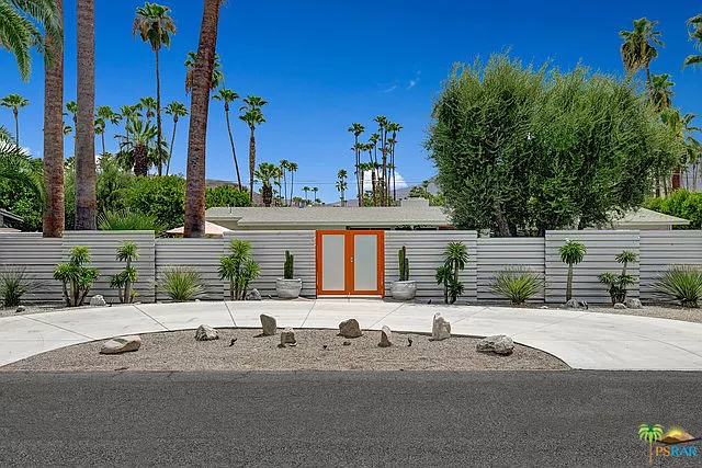 1379 E San Lorenzo Rd Palm Springs Ca 92264 Mls 19497732ps Zillow San Lorenzo Palm Springs Modern Architecture