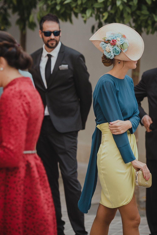 Vestidos y tocados para boda de dia