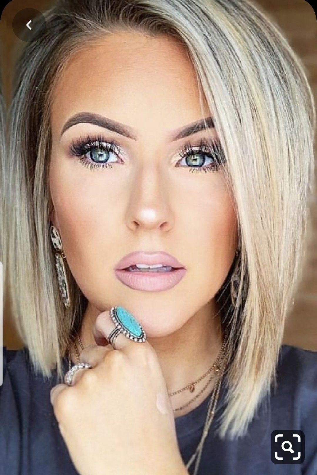 Pin By Mariaamelia On Fashion Beauty In 2020 Bob Hairstyles Short Hair Styles Hair Styles