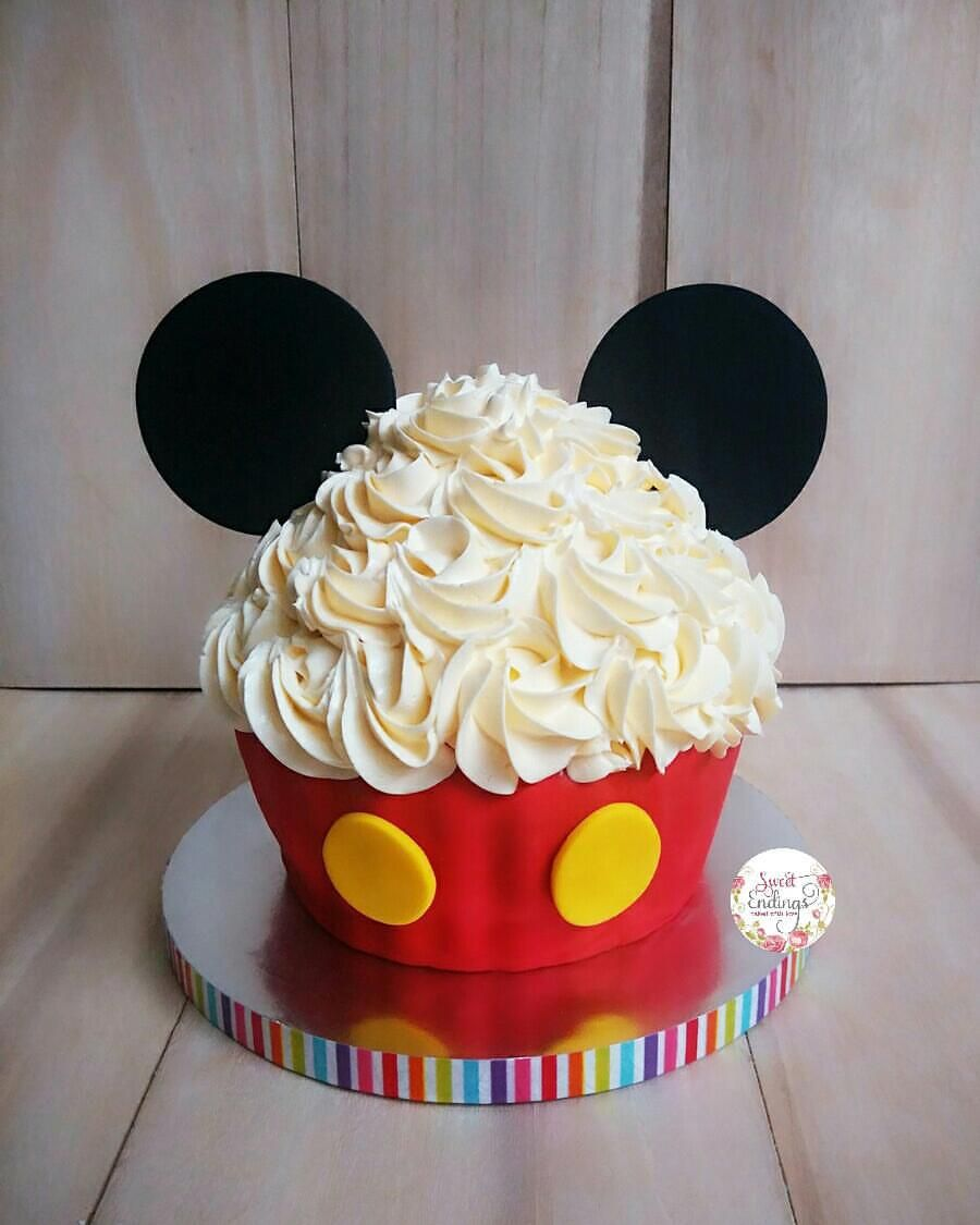 Mickey Mouse Smash Cakes Buttercream: Mickey Themed Smash Cake For Evan! #fondant #smashcake