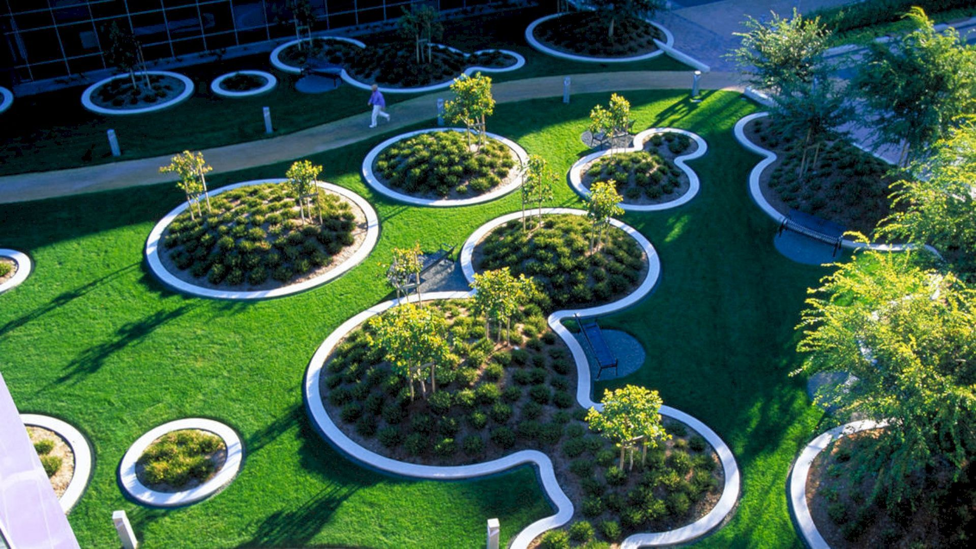 Google Headquarters The Most Significant Modern Landscapes In The Last Century Garden Landscape Design Public Garden Campus Landscape