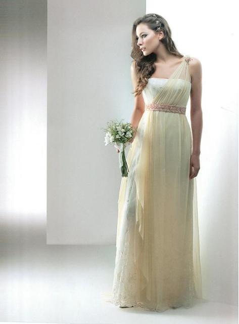 Vestido Estilo Romano, Promocion de L Y L de Liliana Muñoz sobre Vestidos de Novia en Buenos Aires - Casamientos Online