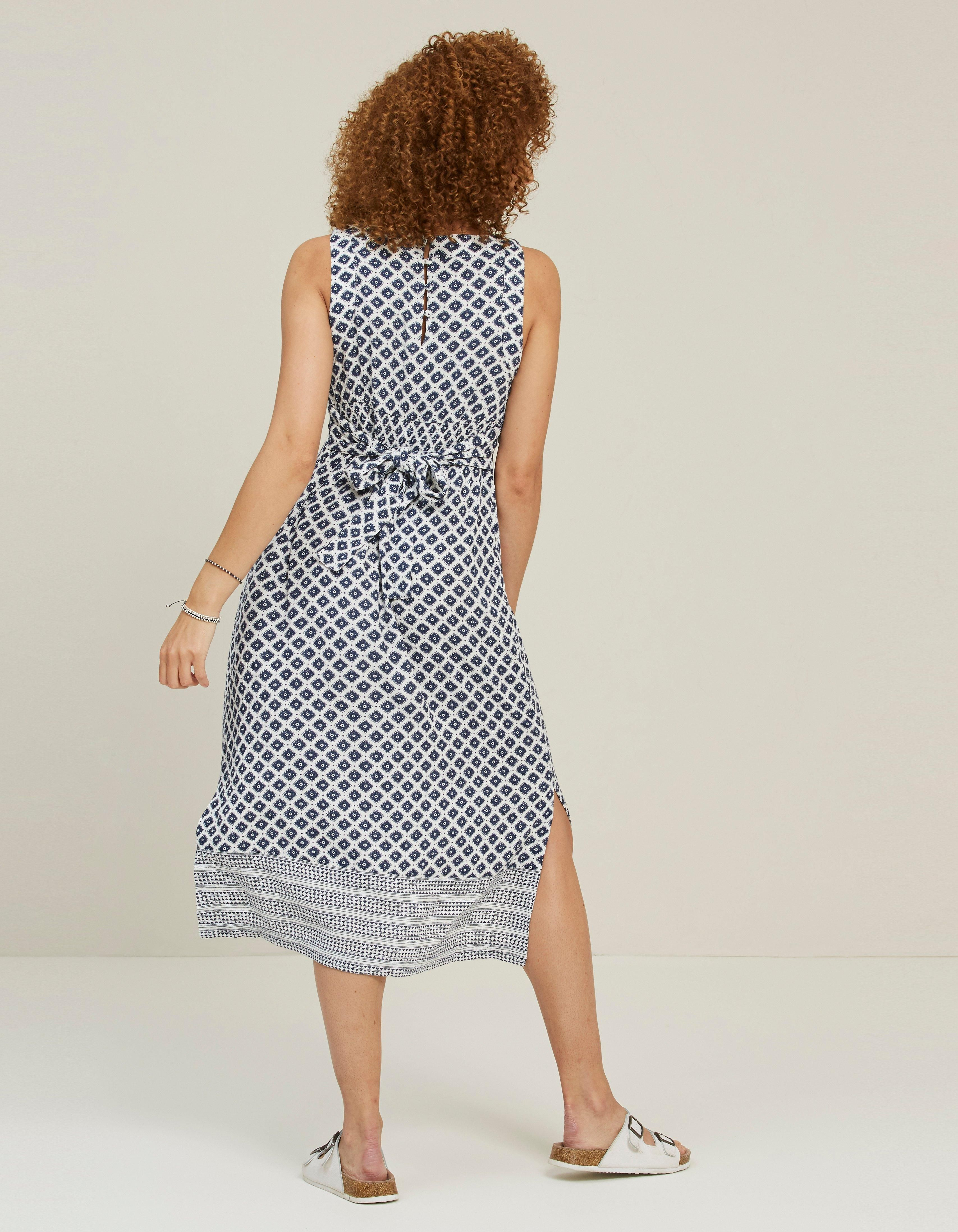 Ivory Laurie Vintage Geo Midi Dress Dresses Fatface Com Ad Vintage Ad Geo Ivory Laurie Clothes For Women Geo Dress Chambray Shirt Dress [ 4389 x 3414 Pixel ]