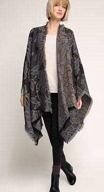 Esprit / Jacquard-Poncho mit Floral-Muster