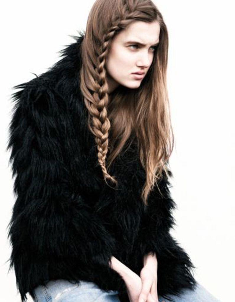 Idée de coiffure naturelle cheveux longs - 25 idées de coiffures naturelles pour se sentir belle  - Elle