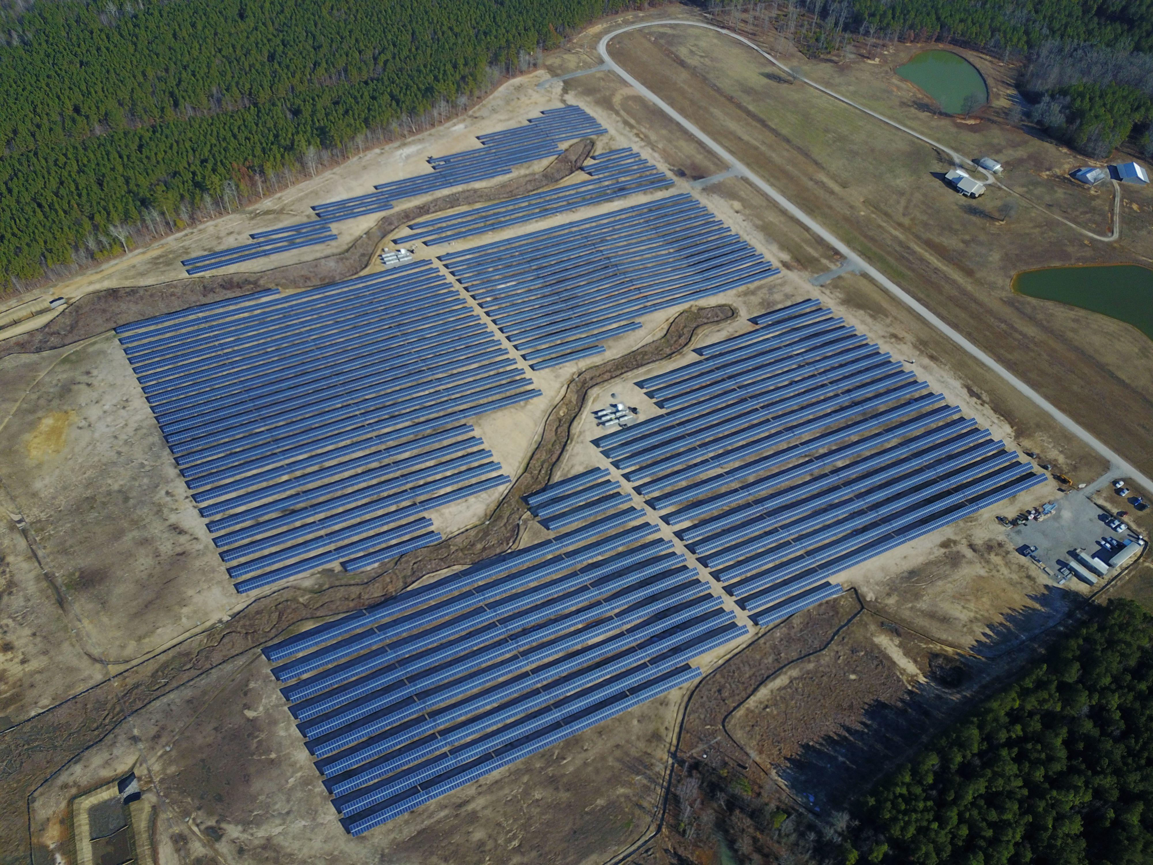 The Wadesboro Solar Farm Touts Quick Installation And Big Benefits For The Community Solar Farm Solar Installation