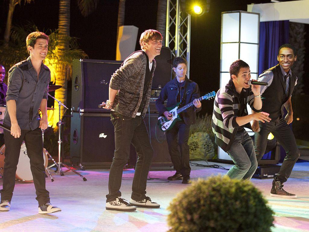 Logan, Kendall, Carlos, and Alfey