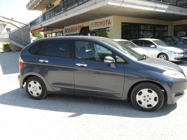 Honda Fr V Honda Fr V 1 7 6 Posti A 5 799 Euro Fuoristrada 120 000 Km Benzina 92 Kw 125 Cv 06 2005 Honda Fuoristrada