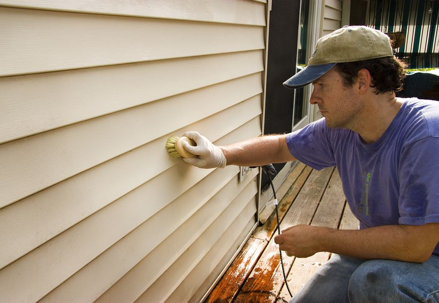 Home Maintenance Tips Clean Your Vinyl Siding So It Lasts