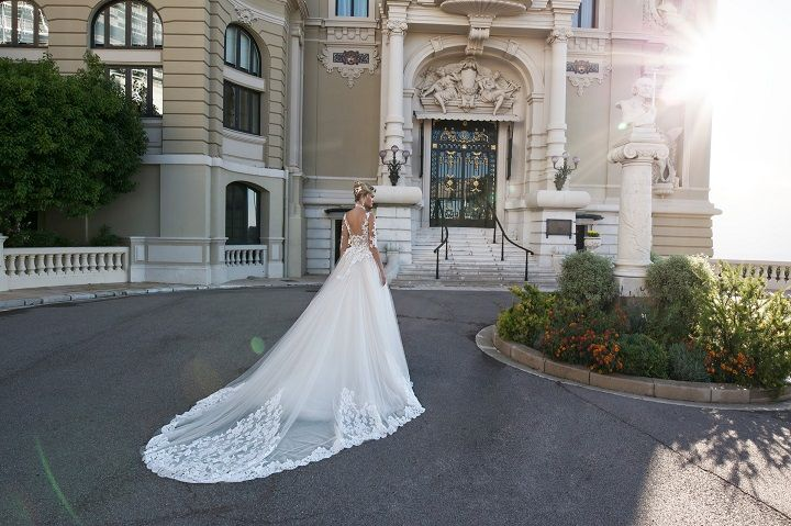 3/4 length sleeve wedding dress | fabmood.com #weddingdress #weddingdresses #bridalgown #weddinggown #weddinggowns