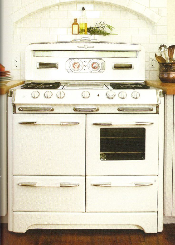 Vintage Kitchen Stoves Paula Deen Cabinets Mod Life The Red And White