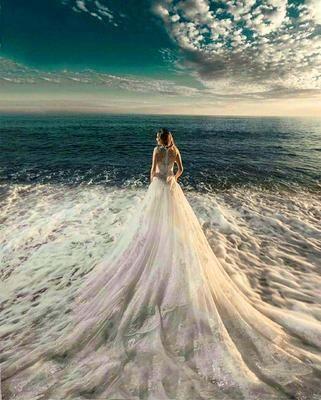 """Картина раскраска по номерам """"Девушка в платье из моря ..."""