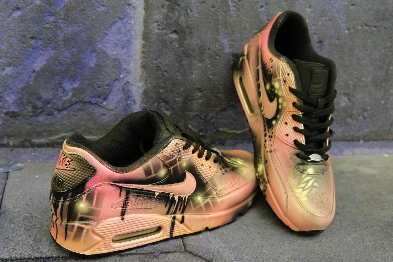 d2da32f772 DacCrewAirbrush Zapatillas Personalizadas, Zapatos Lindos, La Coleccion,  Tenis, Estilo, Moda,