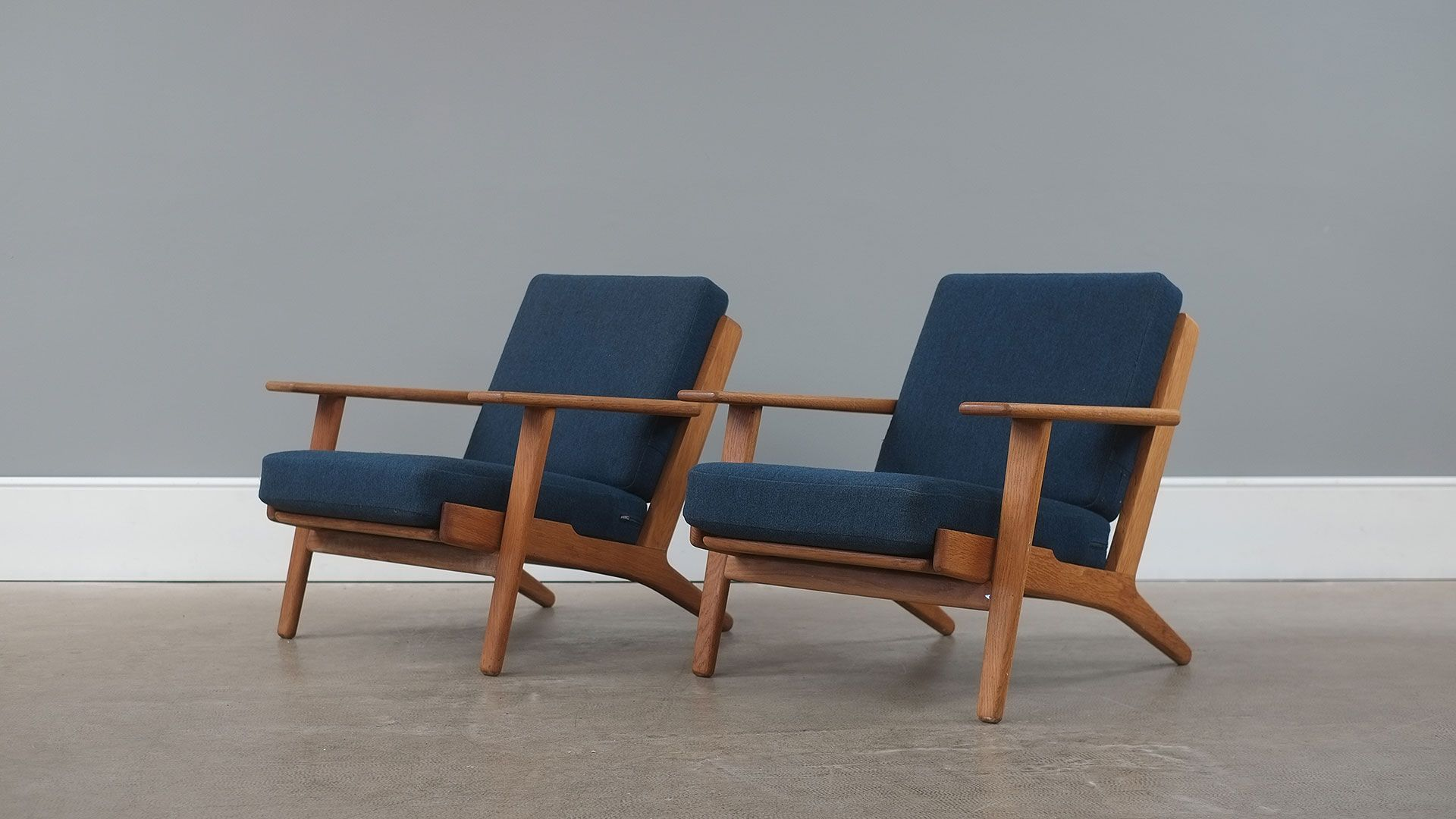 Hans wegner ge290 chairs the modern warehouse