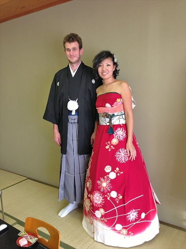 66f7d869a6b Brides In Japan Are Turning Their Traditional Kimonos Into Extraordinary  Wedding Dresses