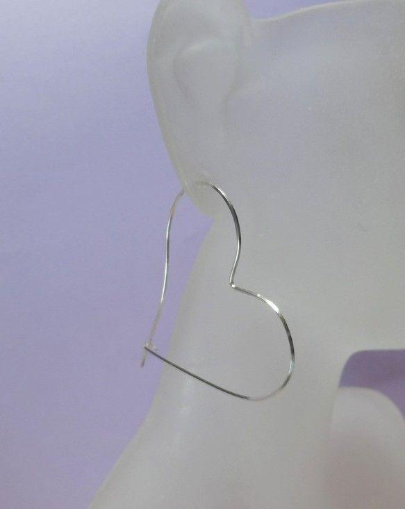 シルバー925 heart hoop ピアス材料:シルバー925 スクエアワイヤーsize:5cm x 4,8cm|ハンドメイド、手作り、手仕事品の通販・販売・購入ならCreema。