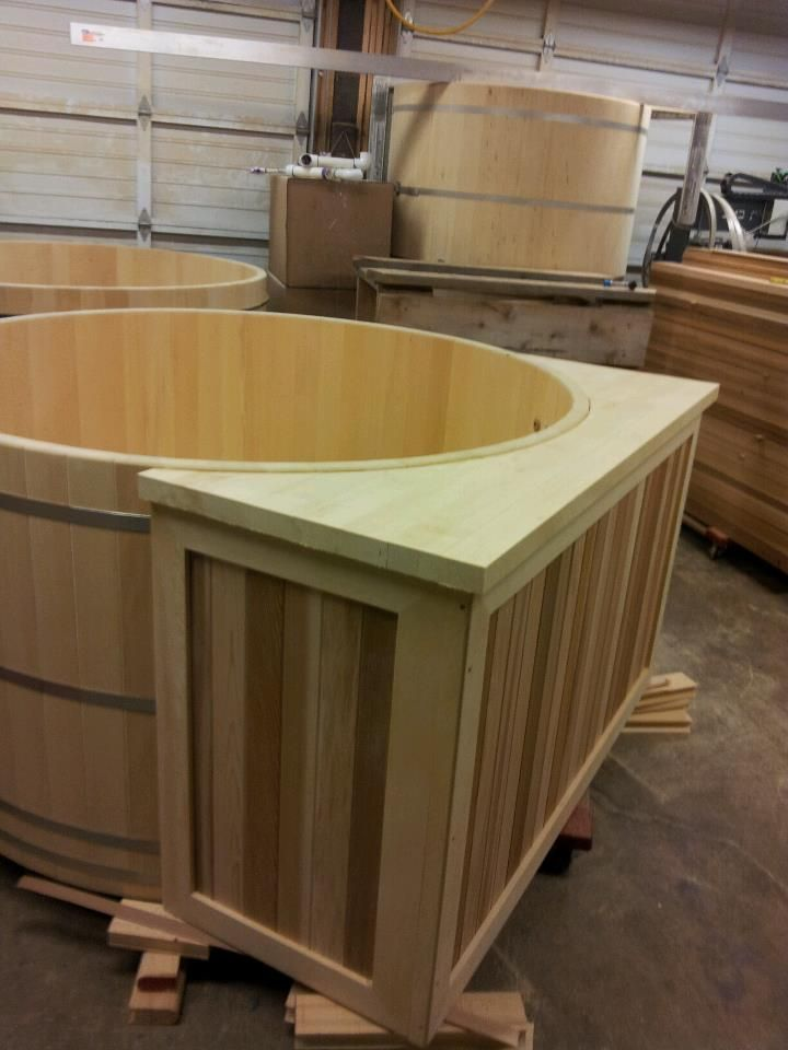 love this cedar hot tub with a full cabinet and drink shelf attached rh pinterest com hot tub shelving hot tub shelving