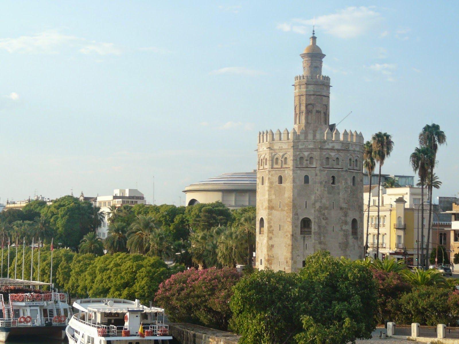 Sevilla siempre es una buena opción para visitar. Seville is a fantastic option for a trip.