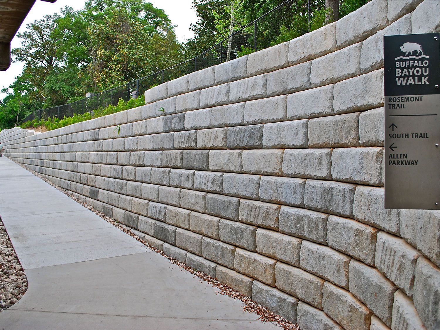 Retaining Walls | Gulf Coast Pavers