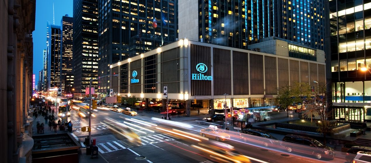 Hilton New York Midtown Hotel Ny Exterior At Night