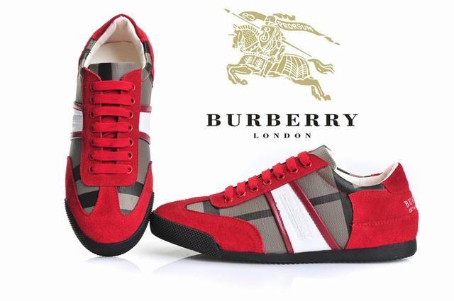 Burberry Low Men Shoe-005