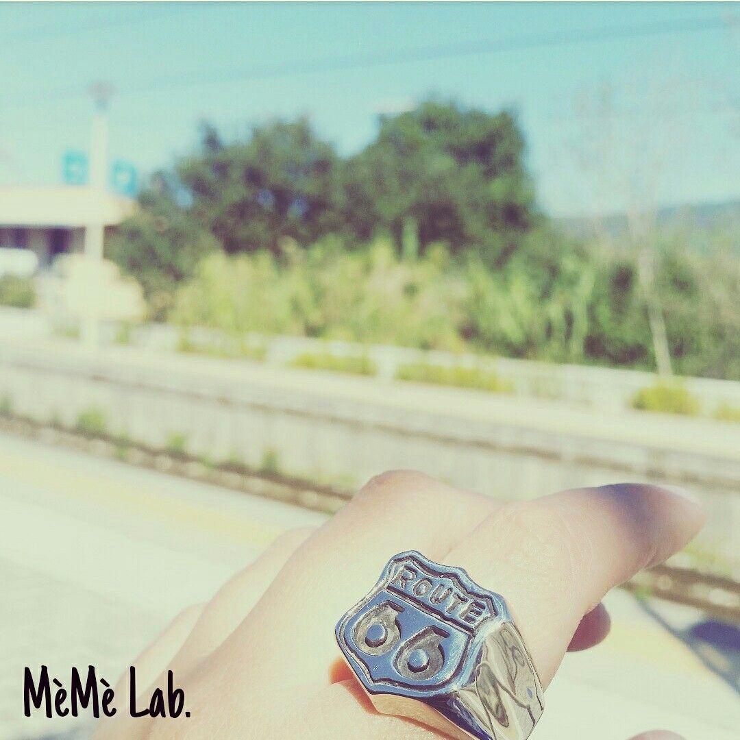 Lo stile del mercoledì Con anelli MèMè Lab. www.memelabaccessori.com