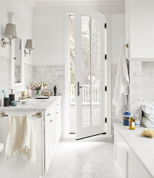 Traditional White Decorating Ideas White Marble Bathrooms White