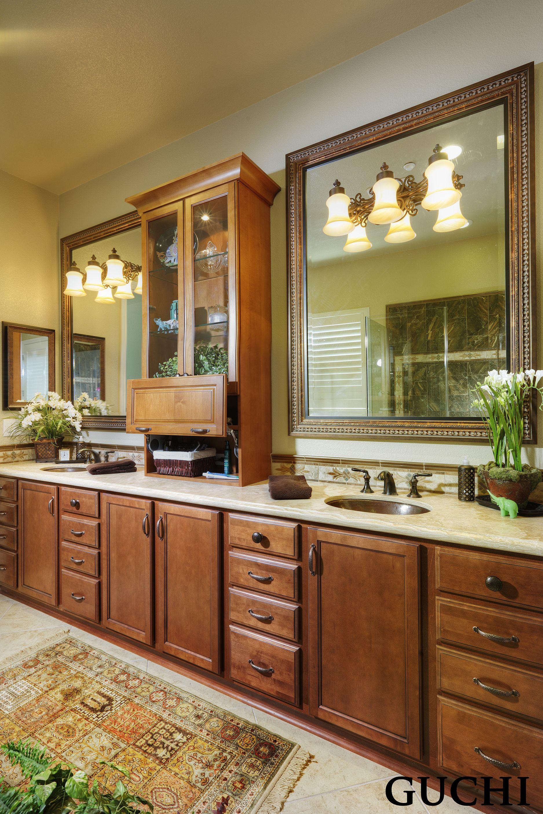 Kitchen Cabinet Interior Design: Pin By Guchi Interior Design On Guchi-Bathrooms