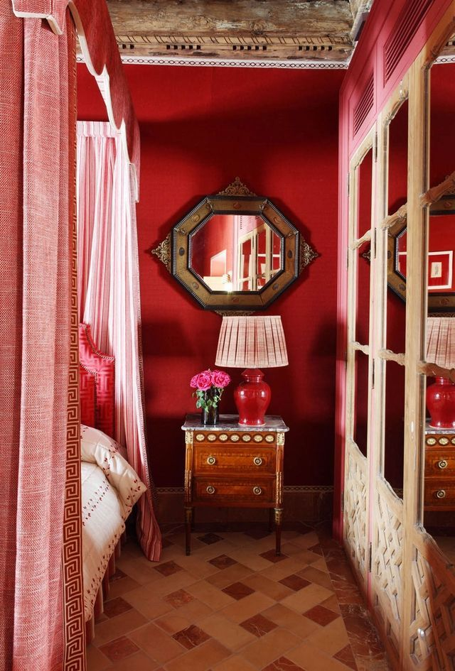 """17th-Century Seville Palace (Interiors By Europe's """"It"""" Designer) 