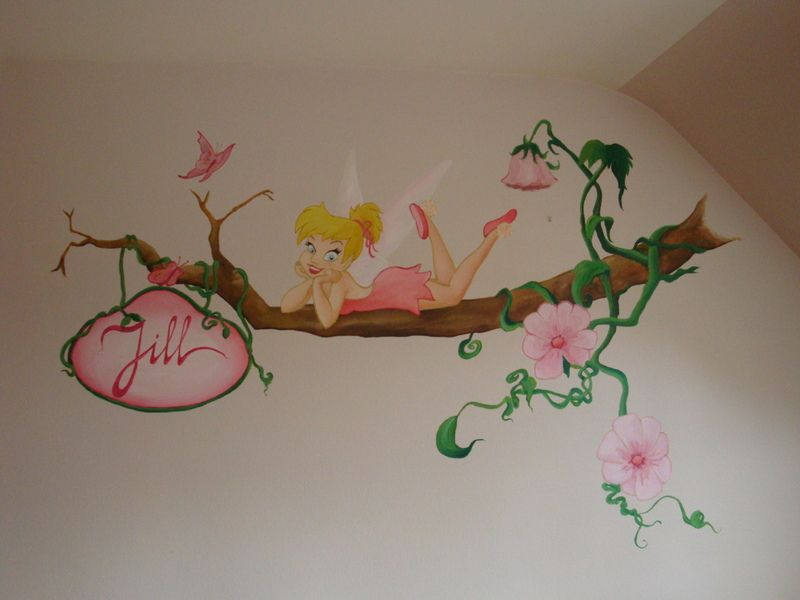 Name painted with tinker bell mi cuarto pinterest for Cuartos decorados de tinkerbell