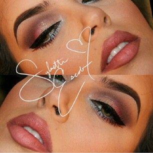 Makes me think of Megan Fox makeup