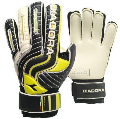 New DIADORA Stile Soccer Goal Keeper Gloves - Size 11 - GK Goalie Match 4mm  Pro cda9319e4