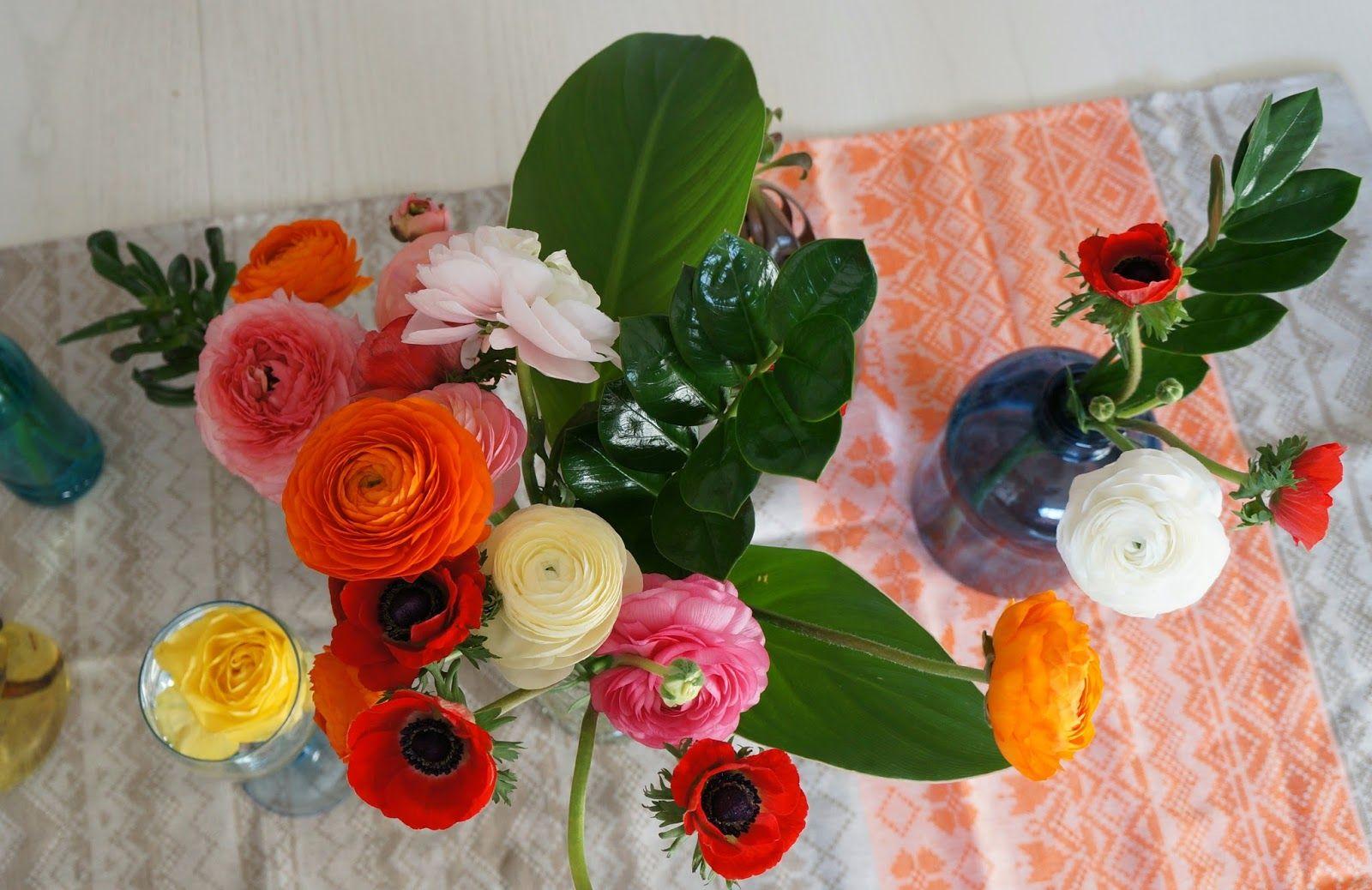 Minimal Boho: Spring flower arrangement