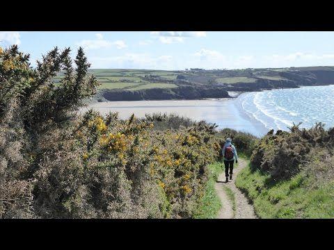 Broad Haven Walk, Pembrokeshire Walks In Wales, UK - http://www.hikingequipmentsite.com/my-day-hiking/broad-haven-walk-pembrokeshire-walks-wales-uk/