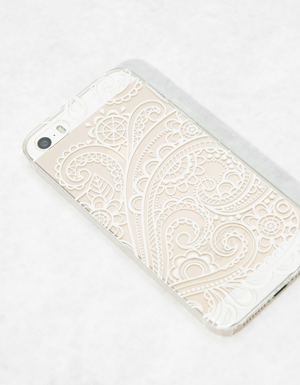 ef3b6f6dcaf Carcasa relieve blanco Iphone 5/5s - Accesorios tablet & móvil - Bershka  España
