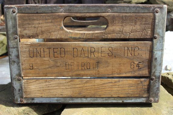 Vintage United Dairy Inc Detroit Wooden Milk Crate Crates Milk