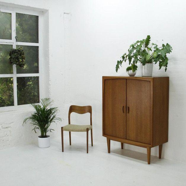 Geschirrschrank Modern 60er vintage geschirrschrank teak und dänisches design 60s teak