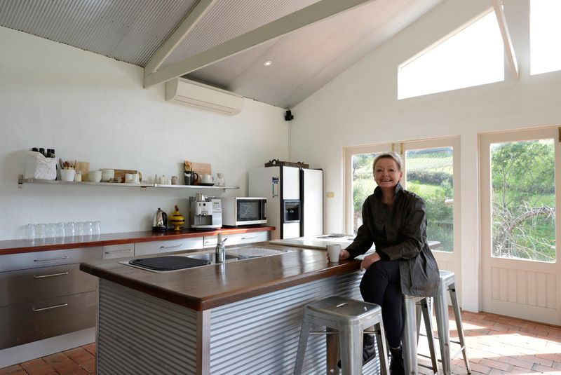 Natural beauty and art in the adelaide hills with mud for Kitchen ideas adelaide