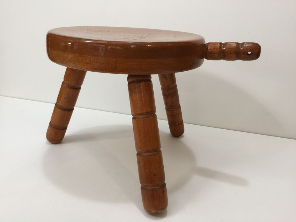 Vintage 3 Legged Solid Wood Milking Stool With Handle 9 1 4 High 10 Diameter Milking Stool Stool Solid Wood