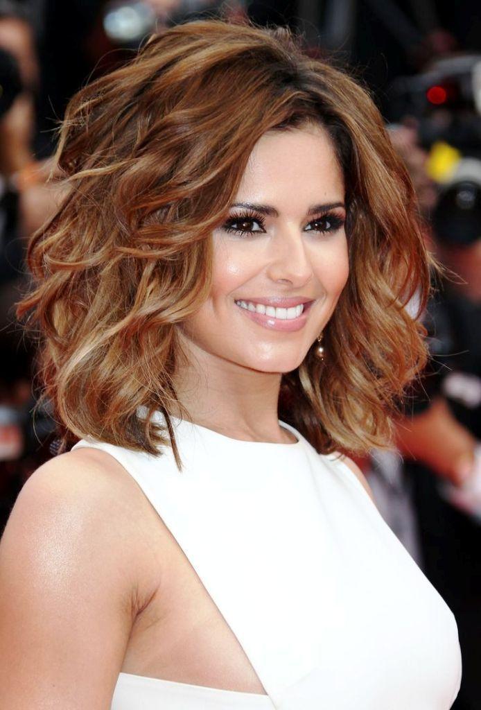 stylish medium layered hairstyle
