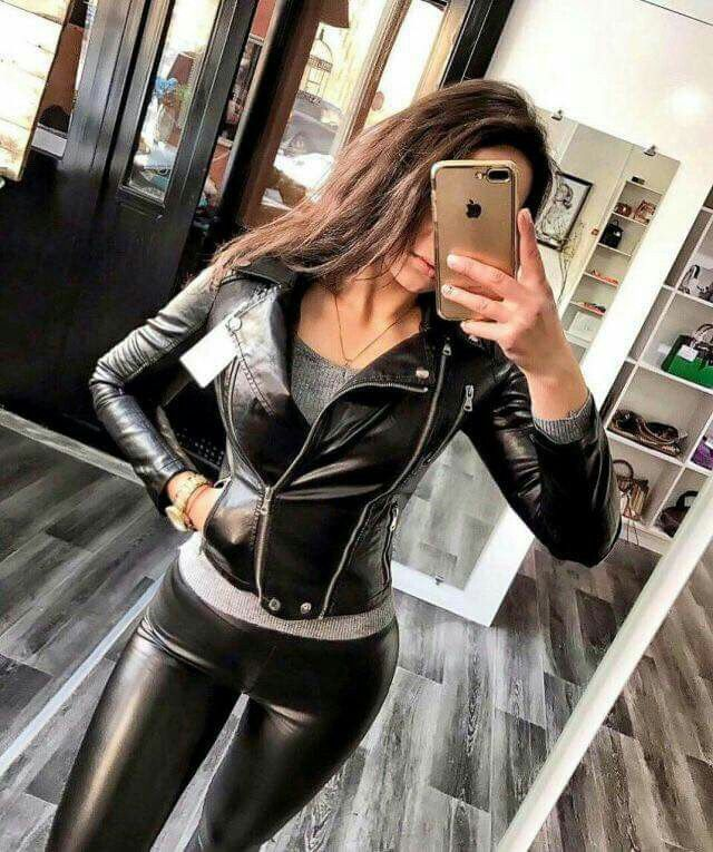 6b21e5a251fee2 Sexy leather biker jacket and leather leggings selfie | Babes ...