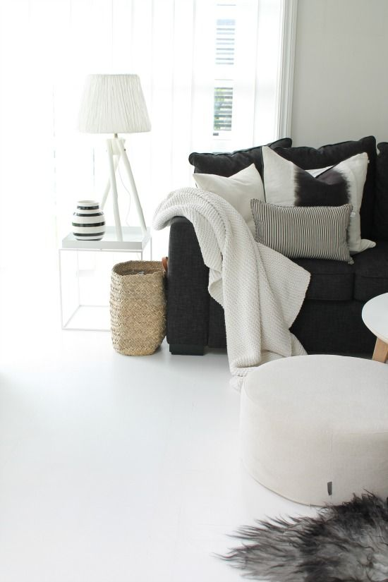 make your sofa #cozy with plush pillows and throws + classic living ...