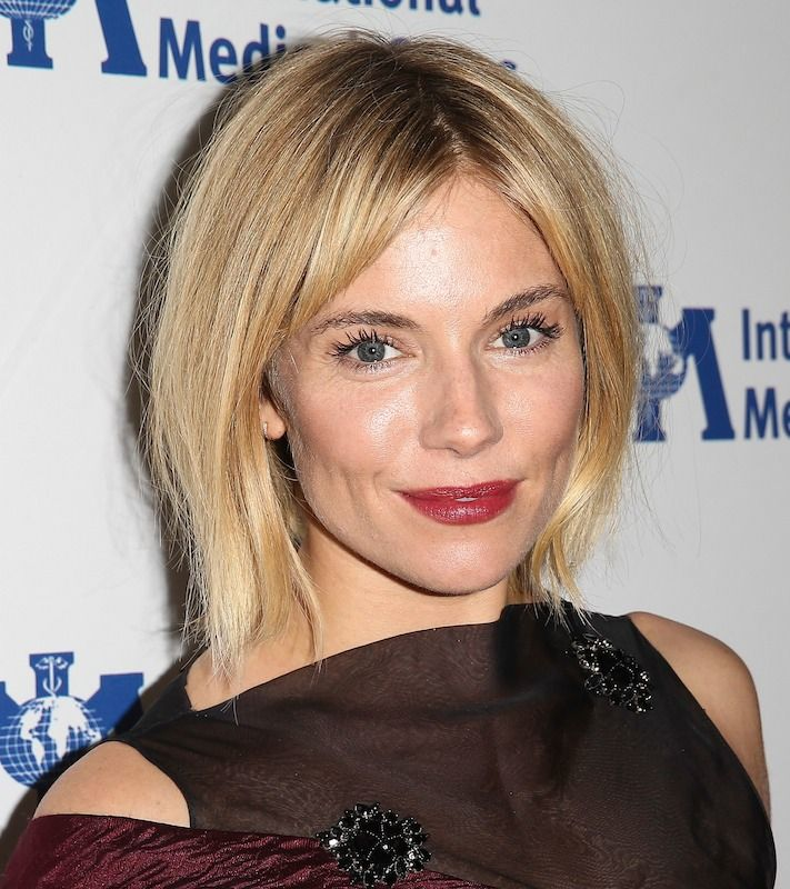 Sienna May Have The Best Bob In Hollywood Haircut Styles Bobs And