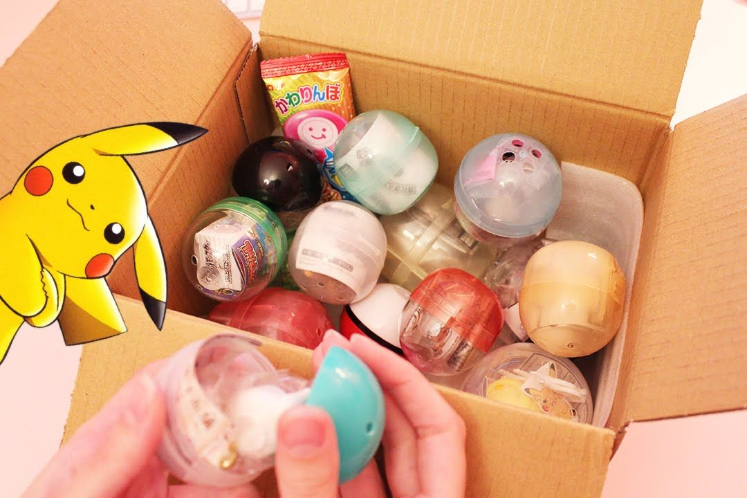 Opening TONS of Gashapons from Candysan (ASMR softly spoken, plastic/pac...